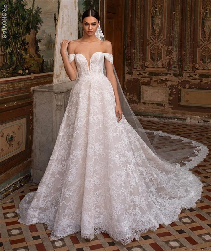 Pronovias #Superba  Image