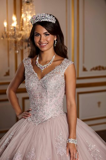 Quinceanera Collection (HoW) Style #26927