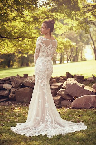 Lillian West Style No. 66080