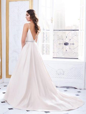 Paloma Blanca 4850