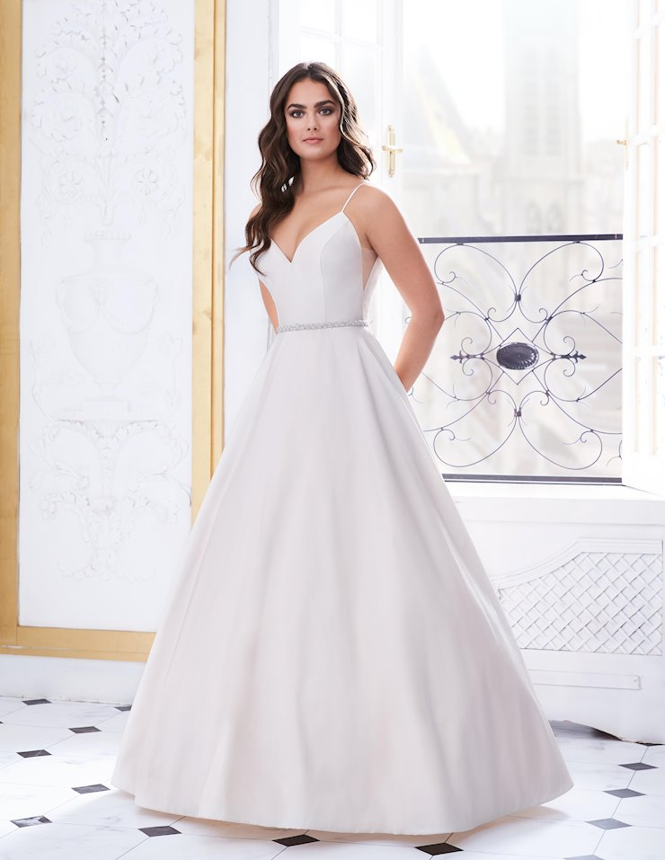 Paloma Blanca Style #4850