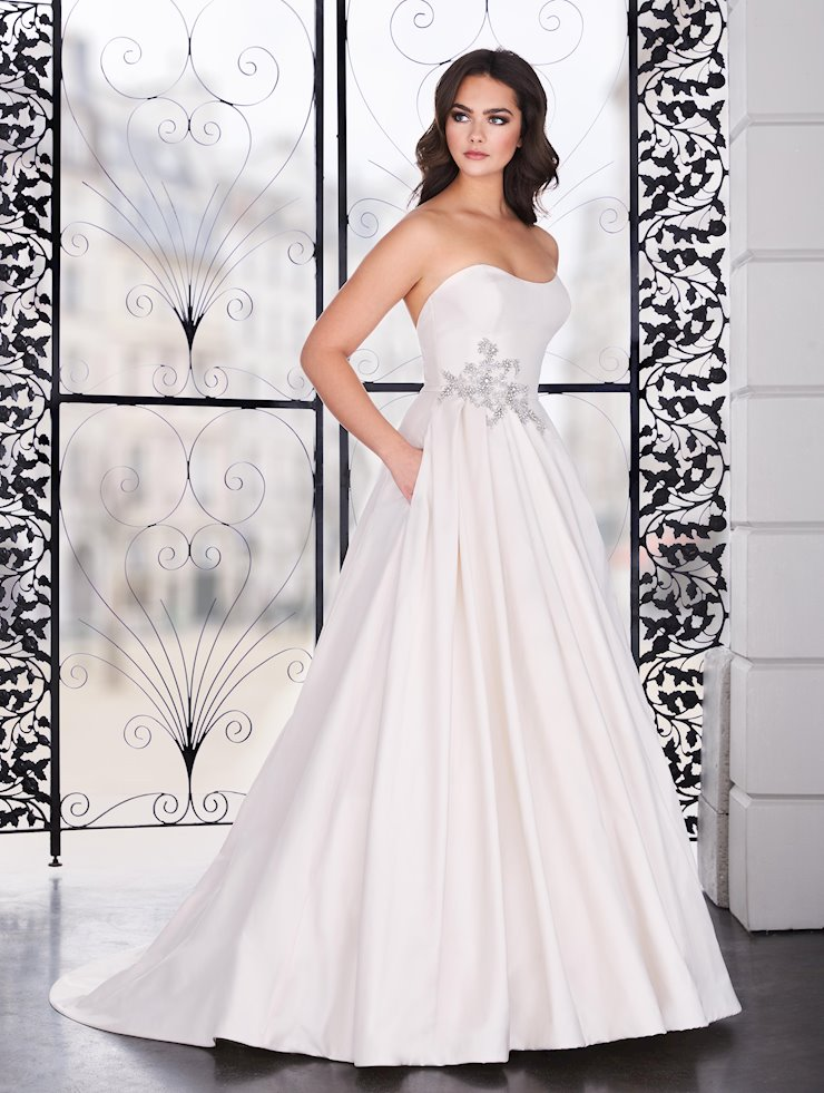Paloma Blanca Style #4856  Image