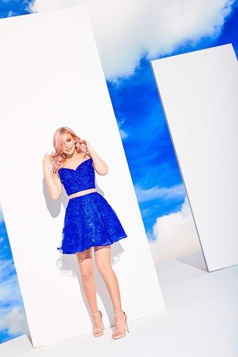 Ellie Wilde Prom Dresses Style #EW21905S