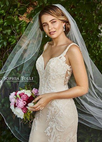 Sophia Tolli Y21973