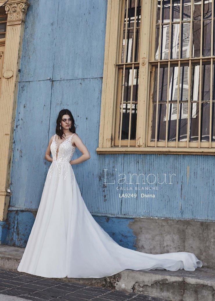 L'Amour by Calla Blanche Style No. LA9249