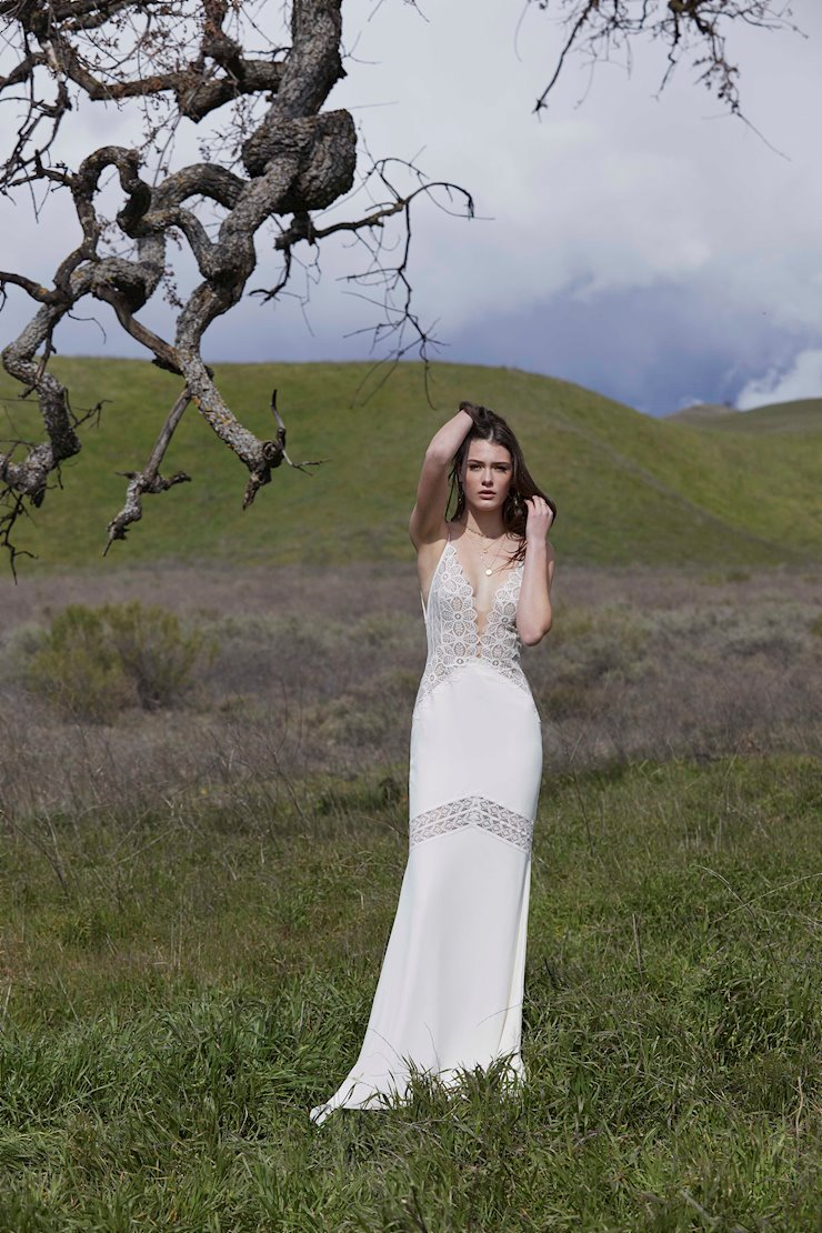Willowby by Watters Style #53402