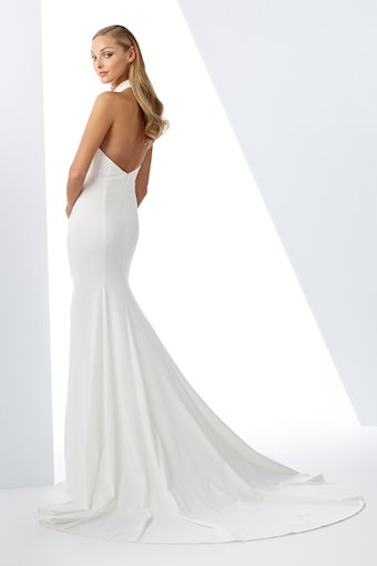 Majestic Trumpet Gown with High-Neck Halter