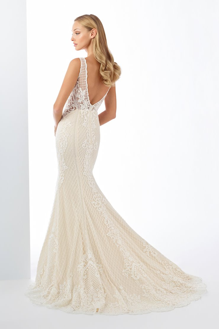 Charming Beaded Tulle and Lace Trumpet Gown