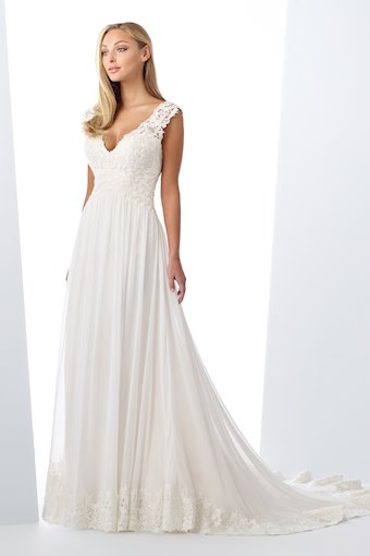 Playful and Sexy Chiffon A-Line Gown with Lace Back