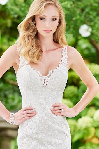 Enchanting by Mon Cheri Style #118132