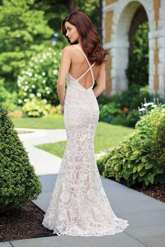 Enchanting by Mon Cheri Style #117179