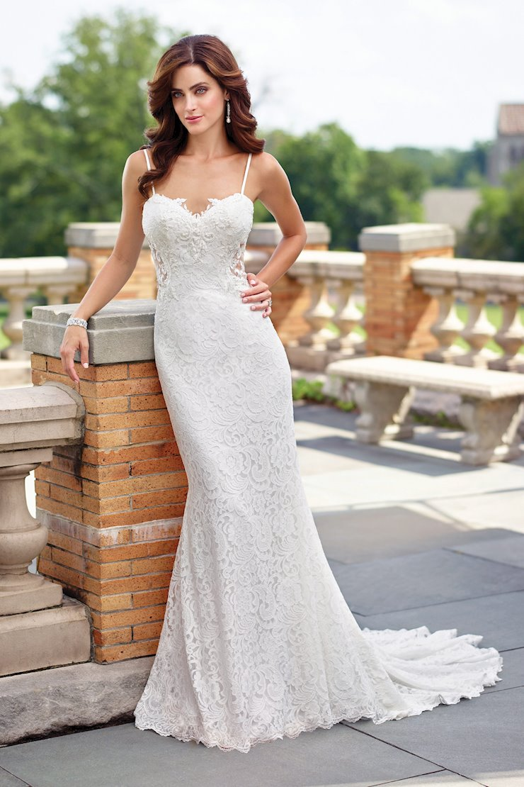 Classic Sleeveless Lace and Tulle Fit and Flare Gown