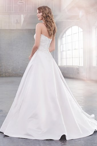 Aretha Traditional Strapless Gown with Sweetheart Neckline