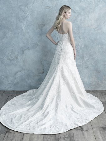 Allure Bridals Style No. 9675