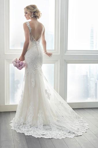 Christina Wu Brides Style No. 15625