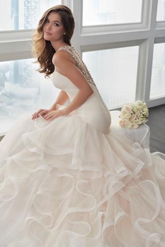 Christina Wu Brides 15631