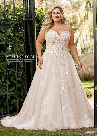 Sophia Tolli Y11940