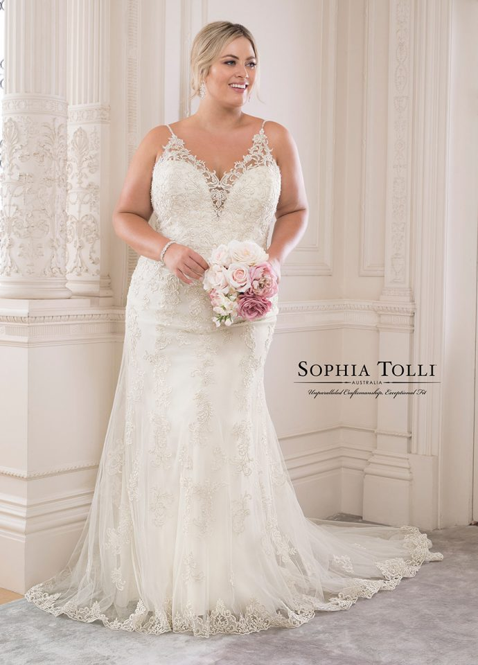 Sophia Tolli Y21817