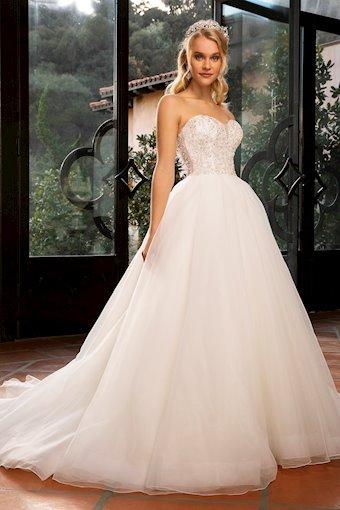 Casablanca Bridal Style #2379