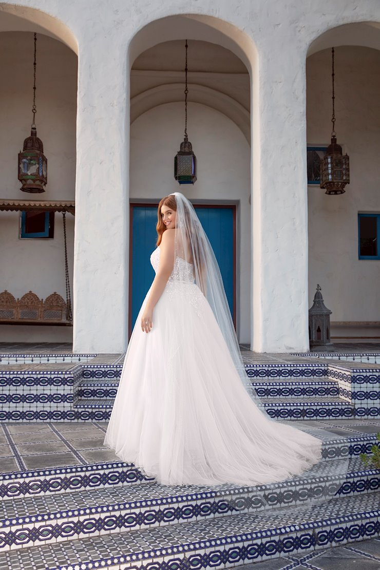 Beloved by Casablanca Bridal BL306C