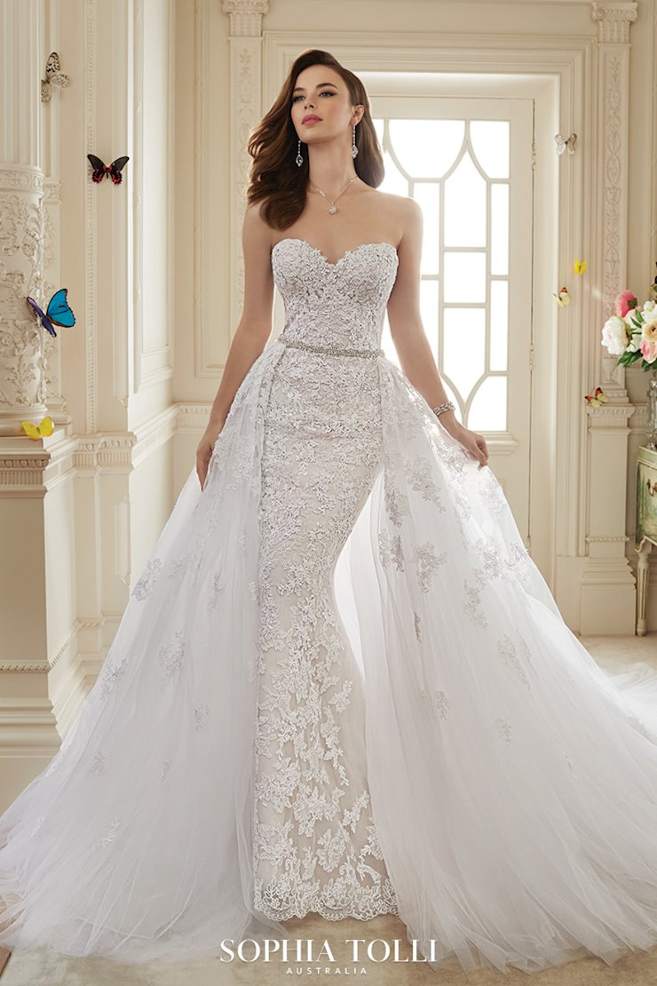 Incredible Two-Piece Wedding Dress with Detachable Train Maeve