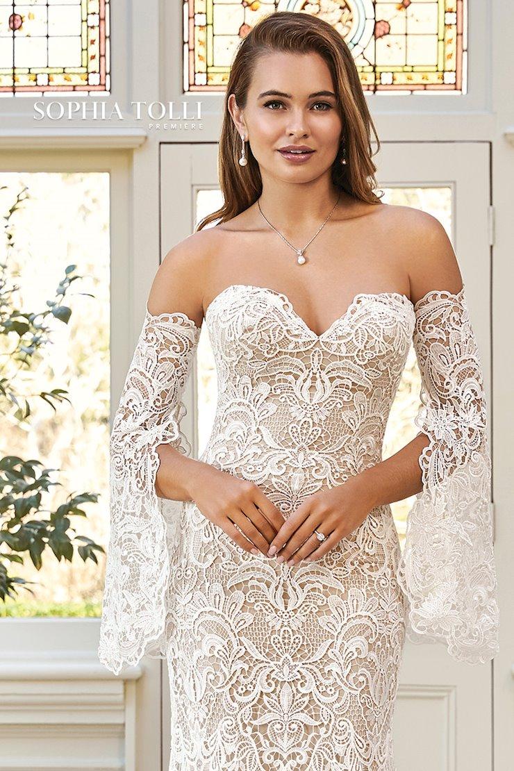 Luxe Bohemian Lace Wedding Dress Azaria