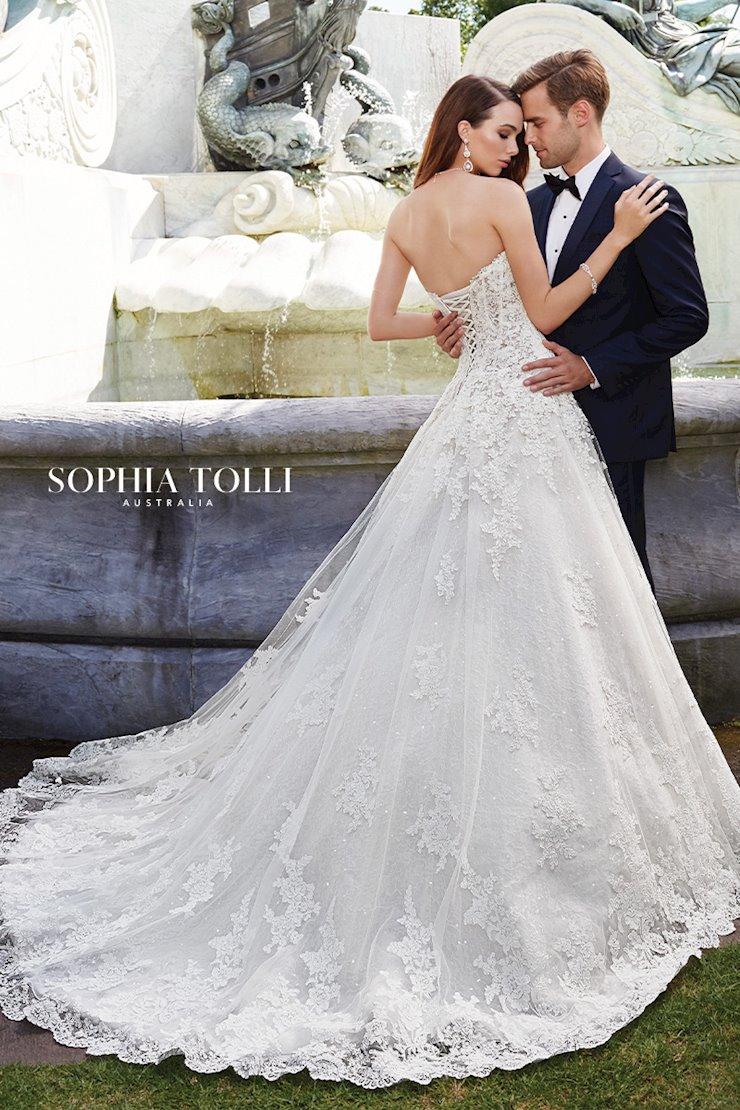 Sophia Tolli Trevi