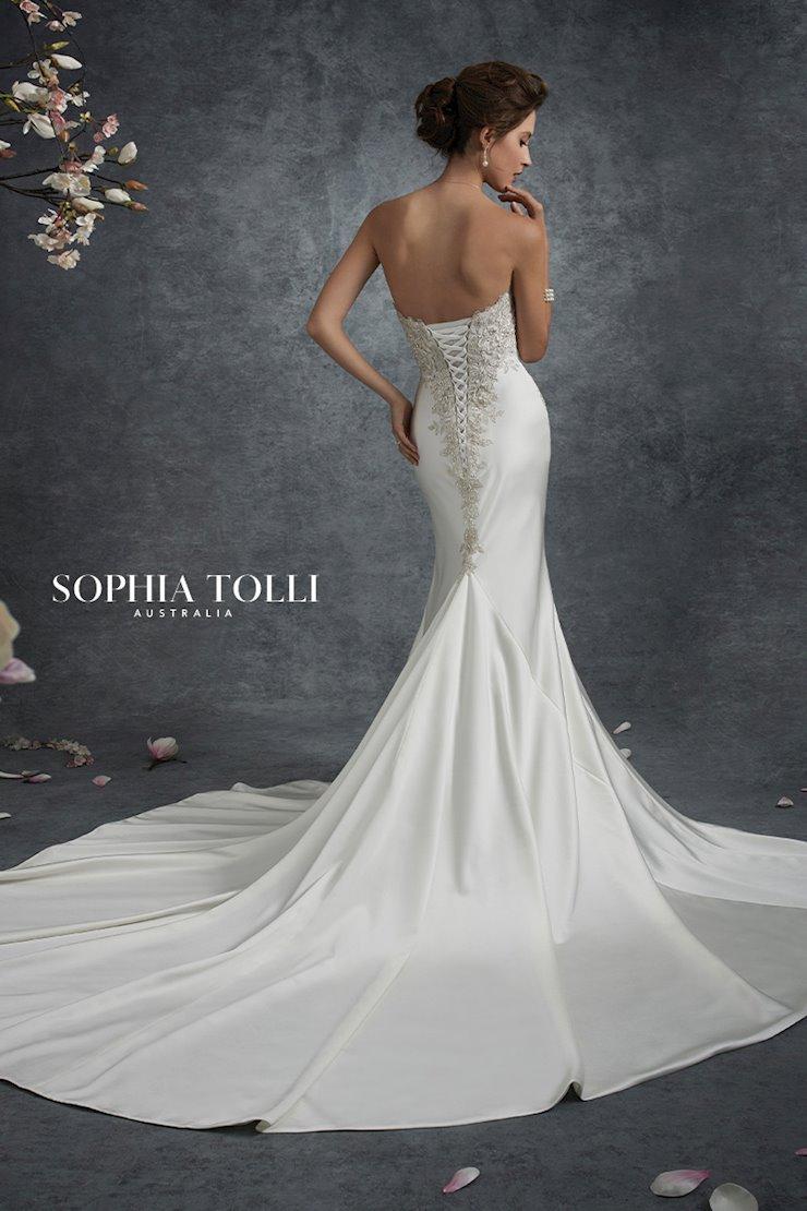 Sophia Tolli Nebula
