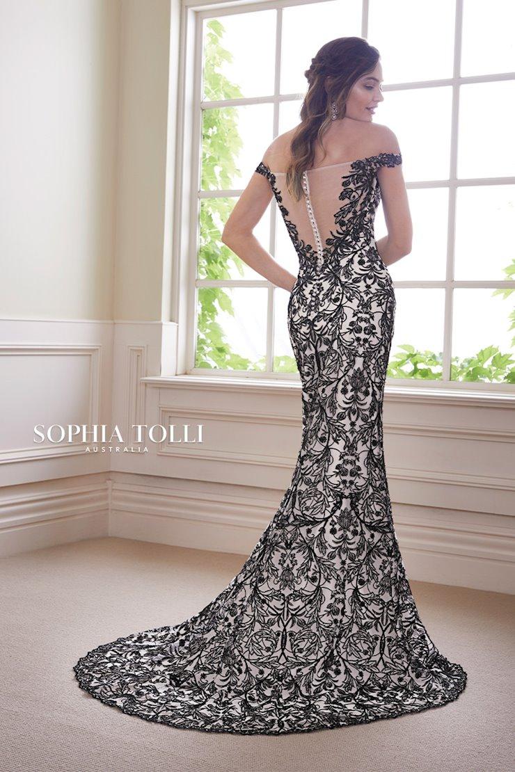 Sophia Tolli Obsidian