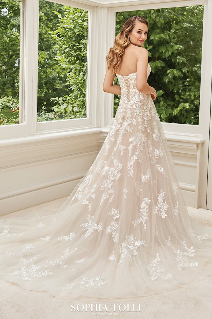 Romantic Floral A-Line Wedding Gown Rosa