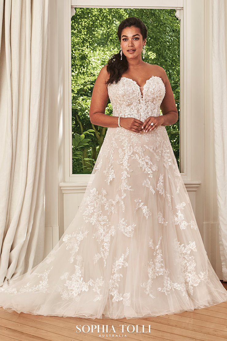 Soft Romantic A-Line Wedding Dress Rosa