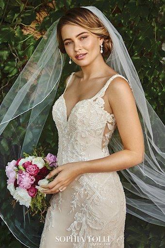Sophia Tolli Yasmine