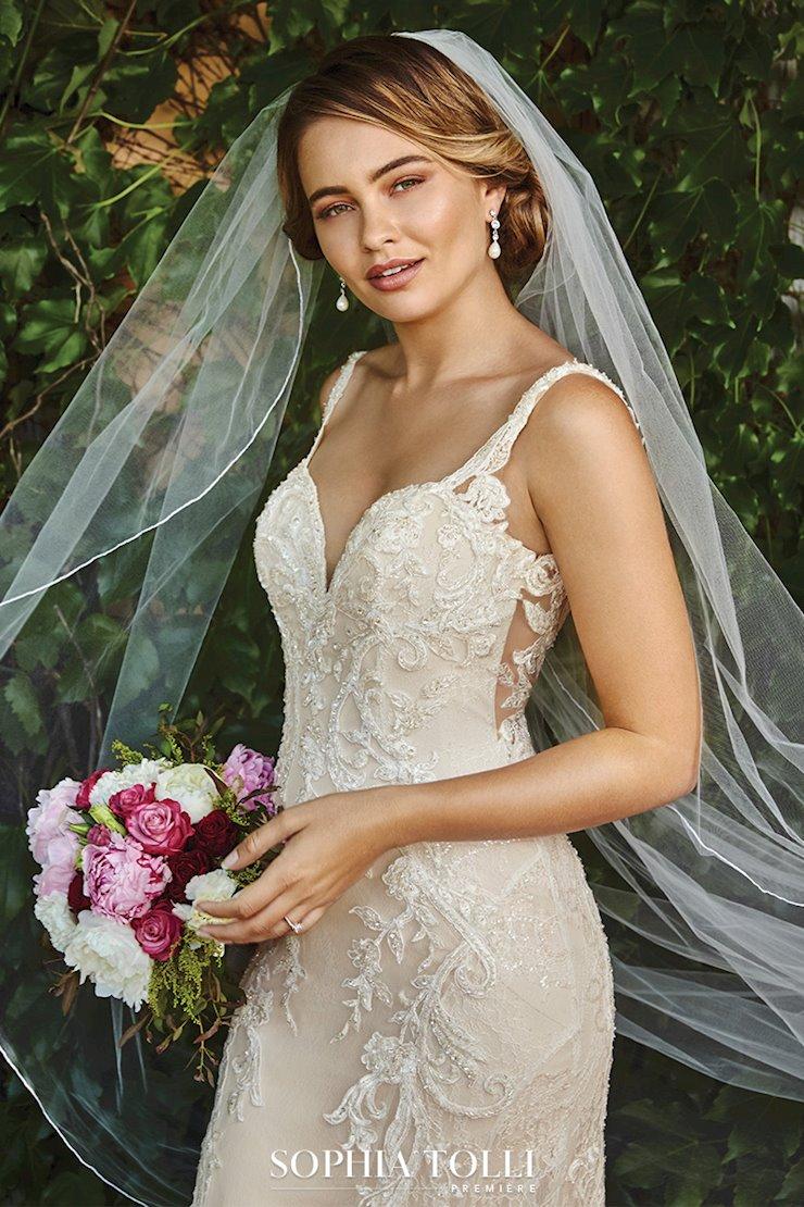Sophia Tolli Yasmine Image