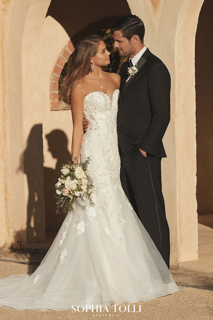 Shimmering Strapless Lace Wedding Gown Emilia