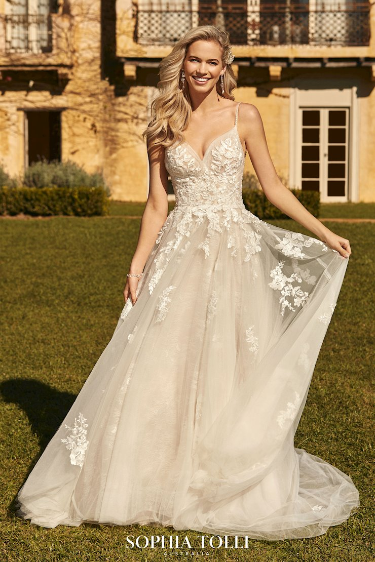 Timeless Romantic A-Line Wedding Dress Florentina