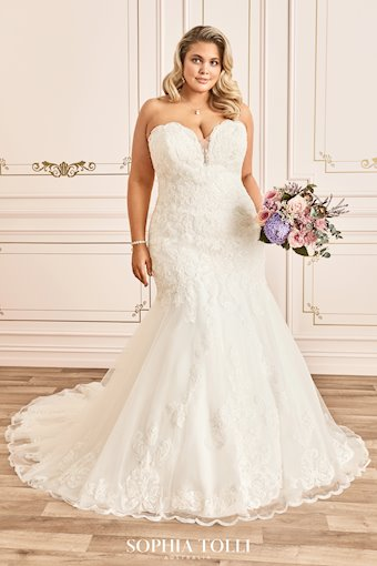 Classic Strapless Sweetheart Wedding Dress Zoey