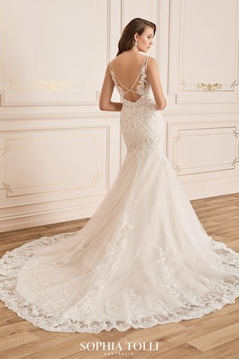 Glamorous Mermaid Gown with Beaded Back Carmen