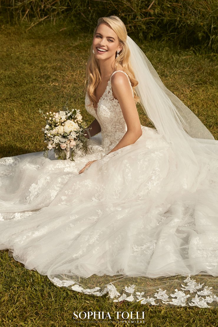 Princess Ballgown with Floral Lace and Sparkle Seraphina