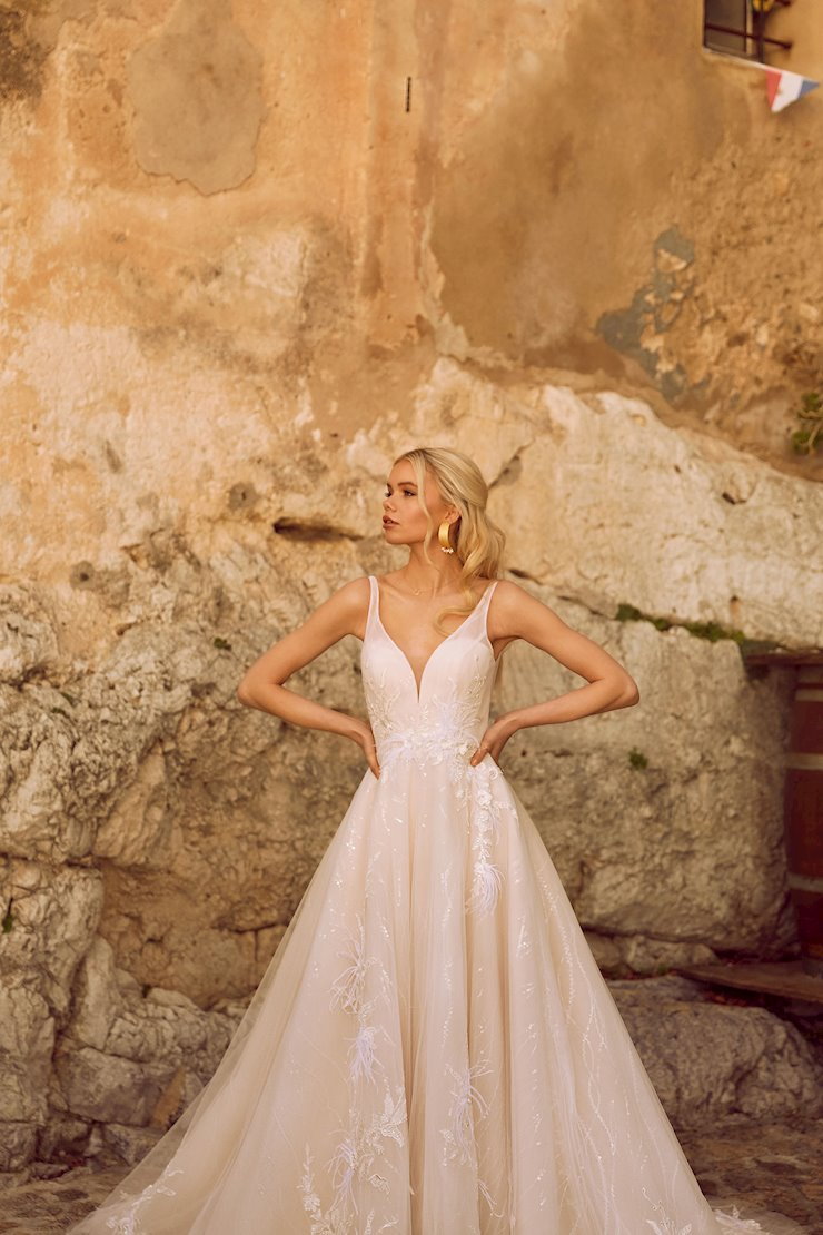 Madi Lane Style #Hayden  Image