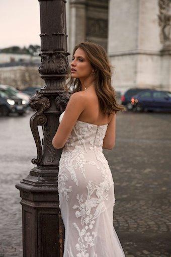 Madi Lane Ingara