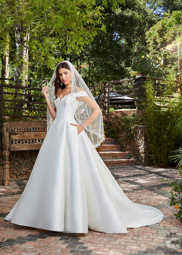 Casablanca Bridal Style #2401-2 Image