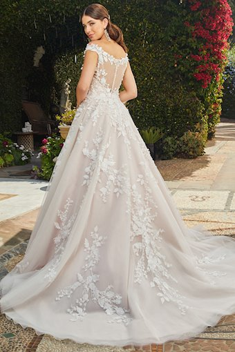 Casablanca Bridal Evelina