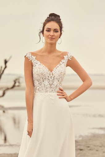 Lillian West Style No. 66097