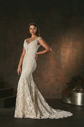 Casablanca Bridal Corinee