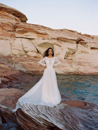 Allure Wilderly Bride Cora