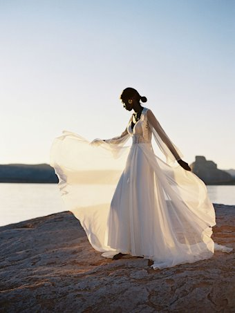 Allure Wilderly Bride Style #Elsie