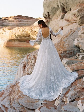 Allure Wilderly Bride Gwenyth