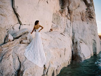 Allure Wilderly Bride Mia