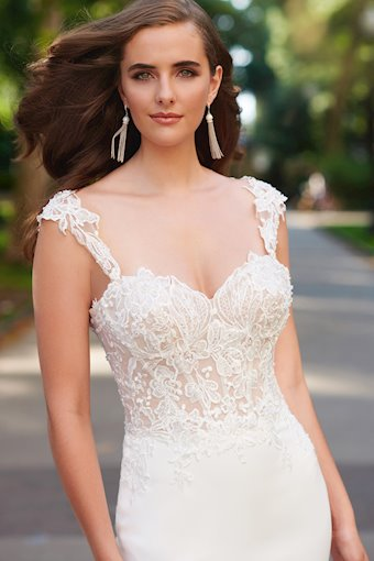 Enchanting by Mon Cheri #120162
