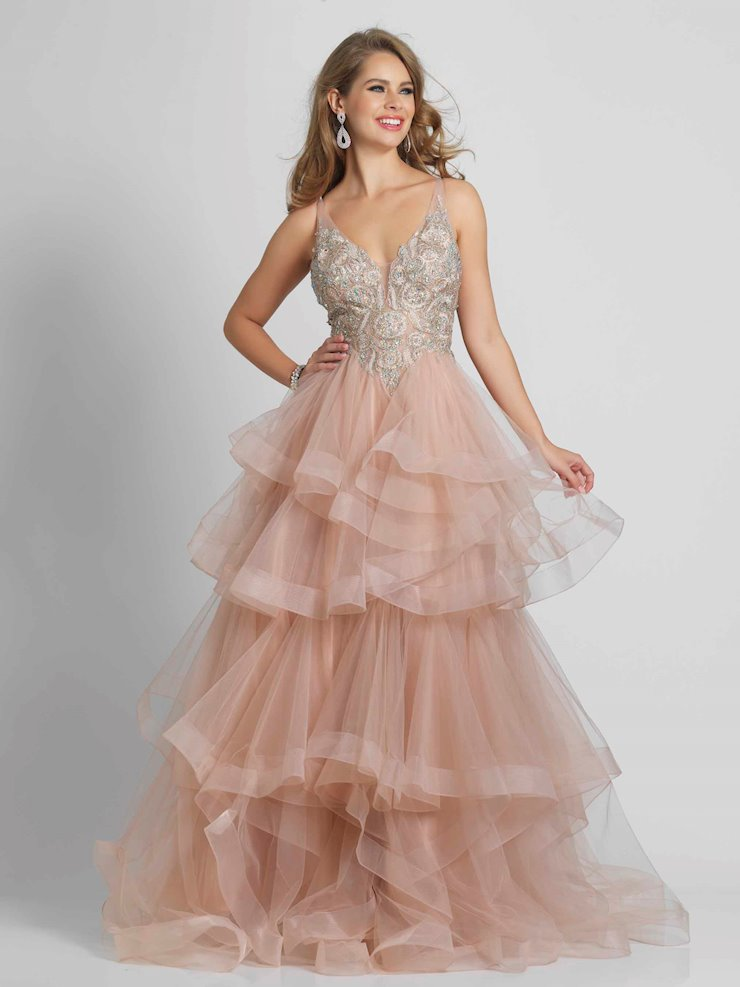 Dave & Johnny Prom Dresses A8902